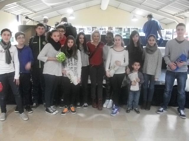 Remise de récompenses à la salle des fêtes de Serémange en compagnie de Svetlana Ognjenovic